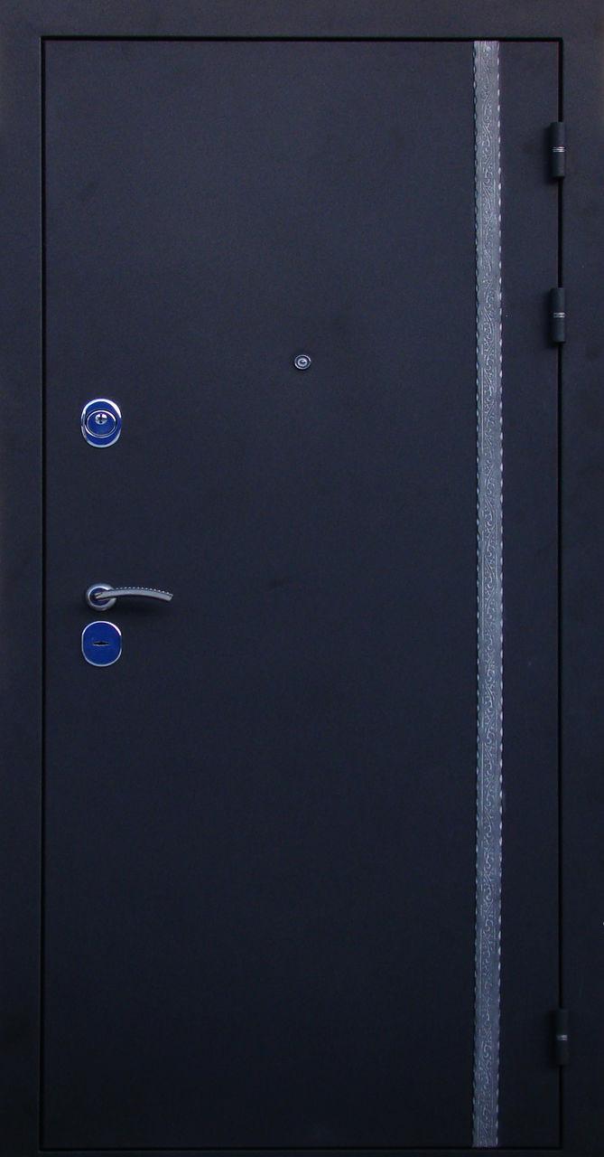 черные стальные двери